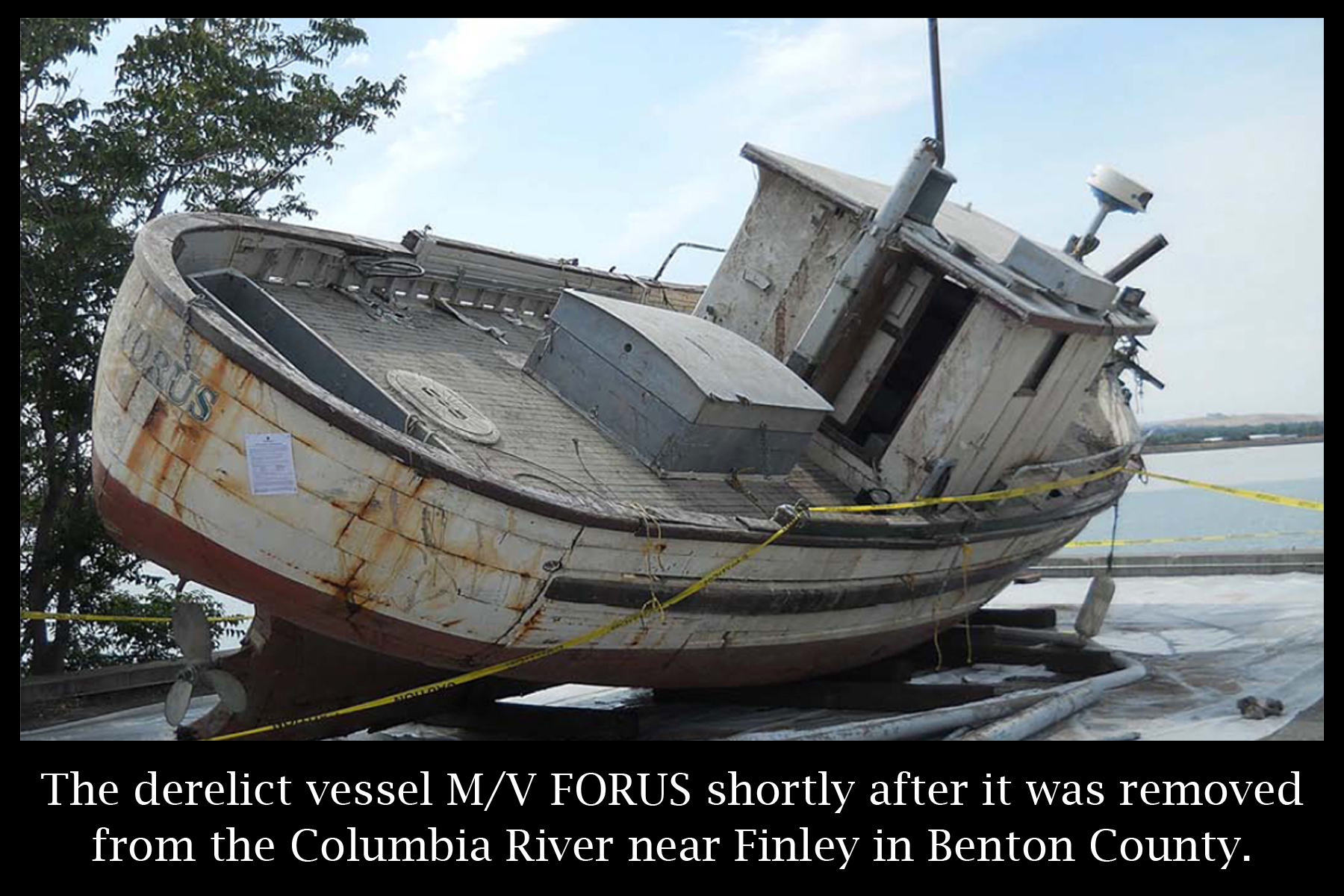 March 2014 - Derelict Vessel